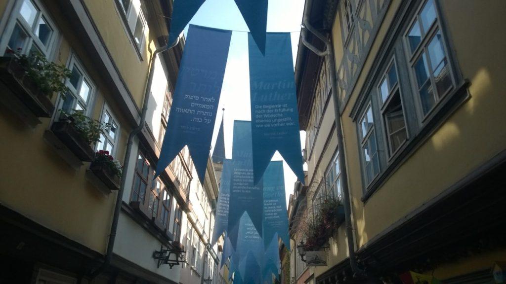 Bild auf der Bühne der Startseite zeigt: die Krämerbrücke in Erfurt